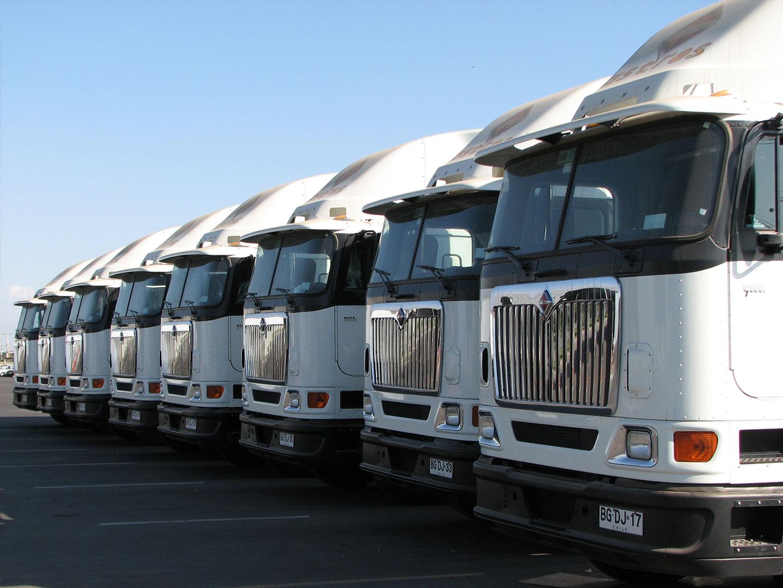 Camiones frontales - Transportes Astros