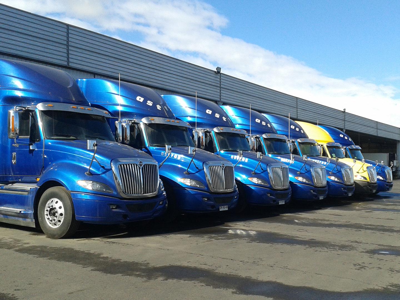 Camiones convencionales - Transportes Astros